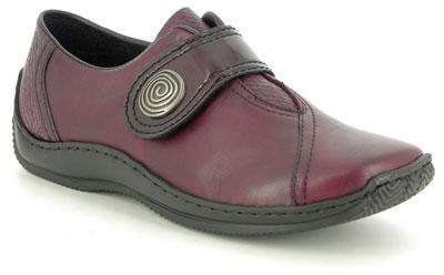 Hva er Rieker sko?Ofte stilte spørsmål om Rieker PLLES