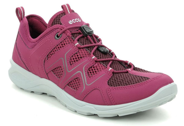 ECCO Walking Shoes for Summer