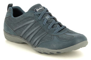 Skechers trainers for nurses