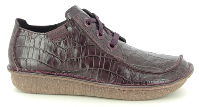 Clarks Funny Dream Burgundy Croc Leather Lacing Shoes