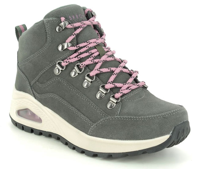 Skechers Uno Rugged Walking Boots