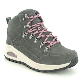 Skechers Uno Rugged Women's Walking Boots