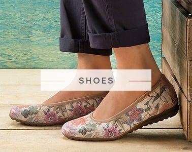 Online shoe and bag retailer