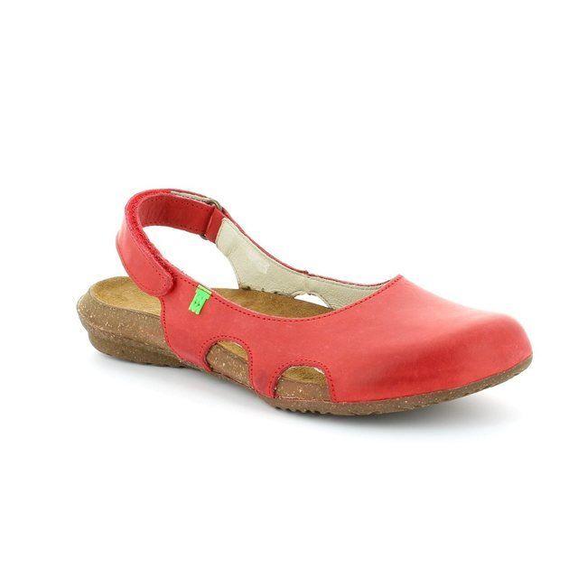 El Naturalista Wakataua N413 -80 Red comfort shoes