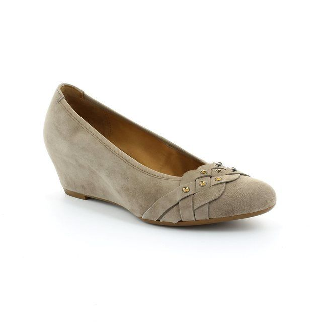 Gabor Riona 25.362.12 Taupe suede pumps