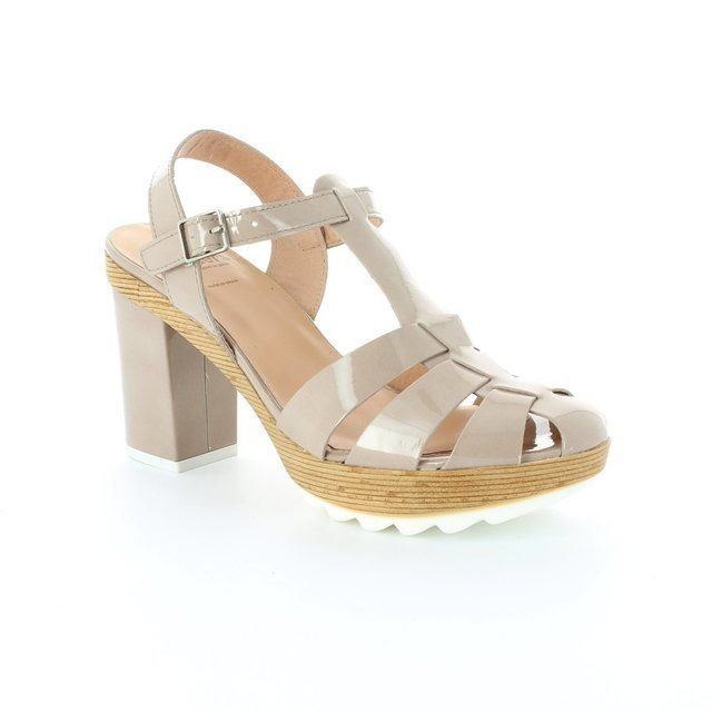 Wonders H3003-50 Taupe patent high-heeled shoes