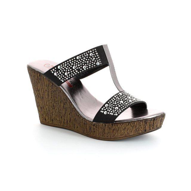 Heavenly Feet Camilla 4003-30 Black sandals