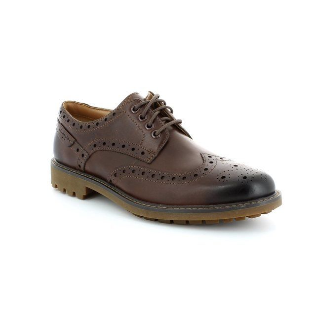 Clarks Montacute Wing Dark brown casual shoes