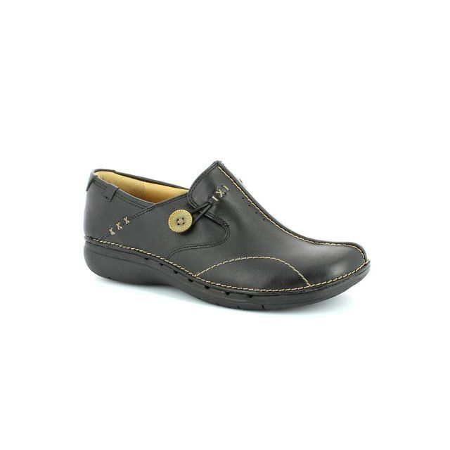 Clarks Un Loop D Fit Black comfort shoes