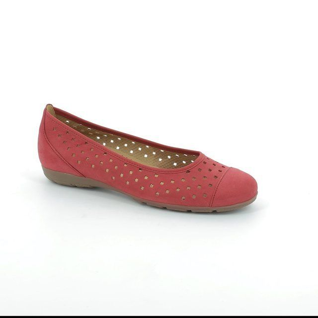 Gabor Florenish 44.169.15 Red nubuck heeled shoes