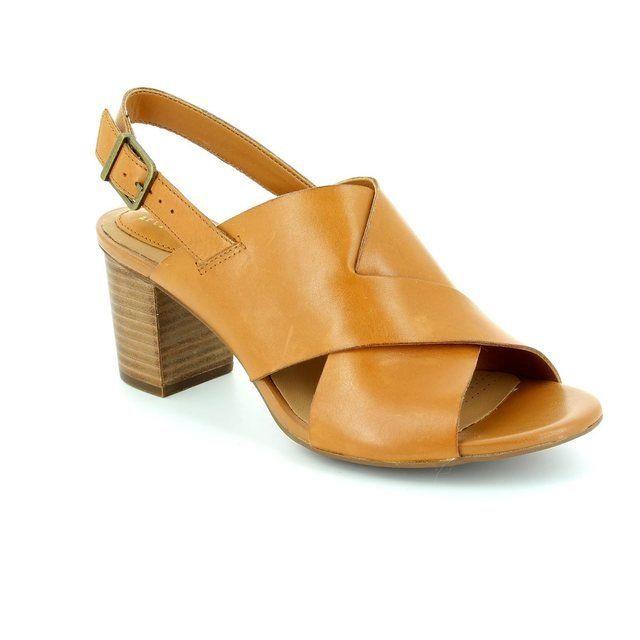 Clarks Ralene Vive Tan sandals