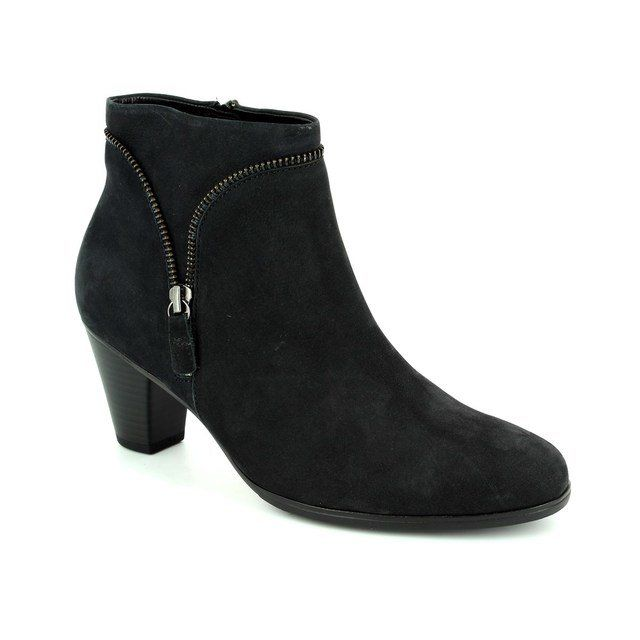 Gabor Golspie 35.614.16 Navy suede ankle boots