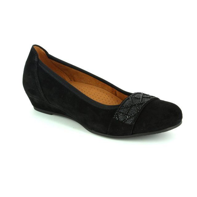 Gabor Aiden 52.697.47 Black suede pumps