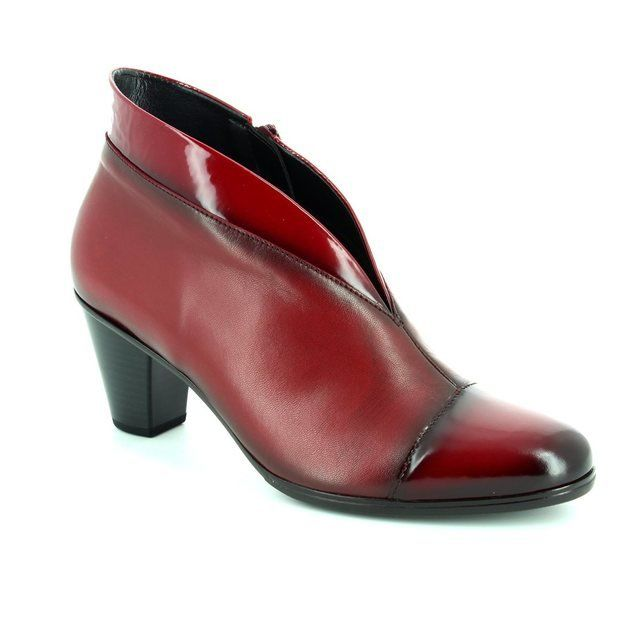 Gabor Enfield Toola 55.616.95 Red patent ankle boots