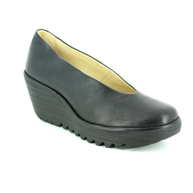 Fly London Yaz P500025-149 Black comfort shoes