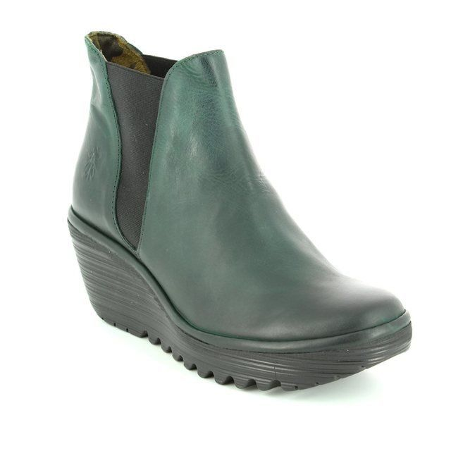 Fly London Yoss P500431-044 Green ankle boots