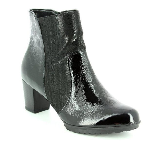 Alpina Sanapan 7I38-2 Black patent/suede ankle boots