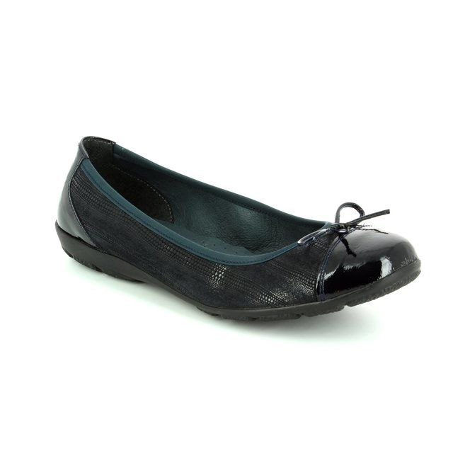Alpina Lovage 8X76-J Navy patent heeled shoes