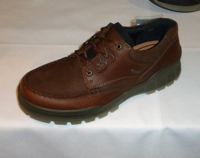 ECCO Track 25 GORE-TEX 831714-52600 Brown casual shoes
