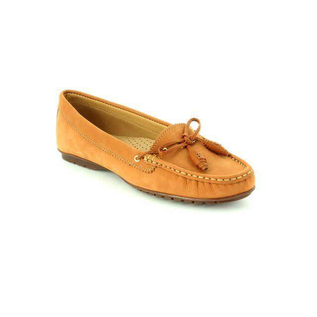 Ambition Antoni 25683-10 Cognac tan loafers