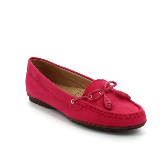 Ambition Antoni 25683-60 Fuchsia Nubuck loafers