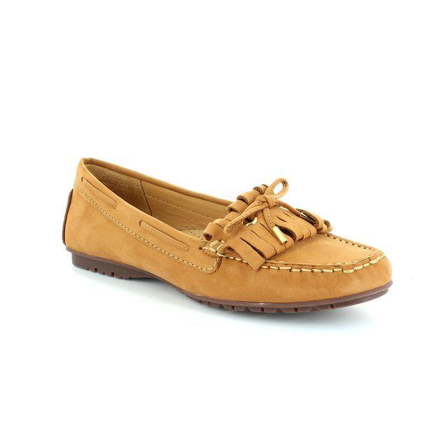 Ambition Antonita 2479-11 Tan nubuck loafers