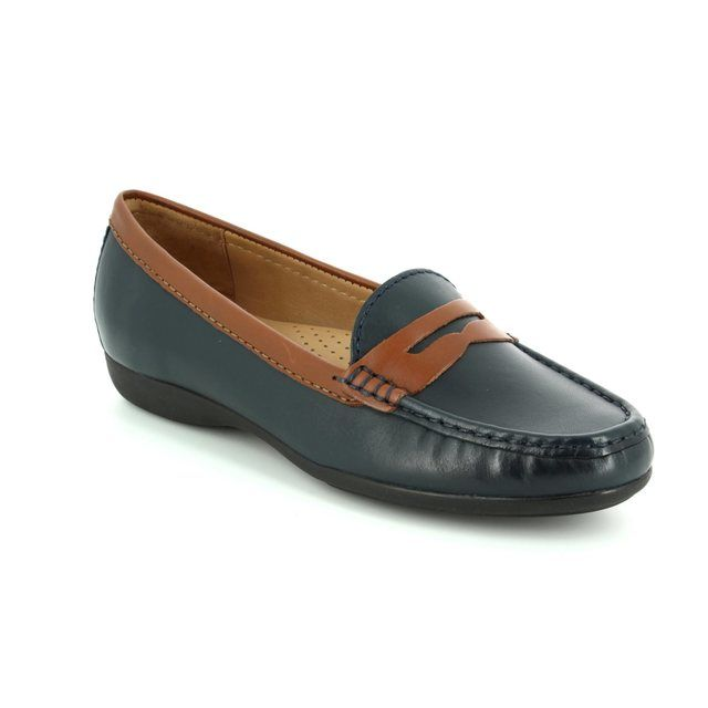 Ambition Candid 24755-75 Navy/tan loafers