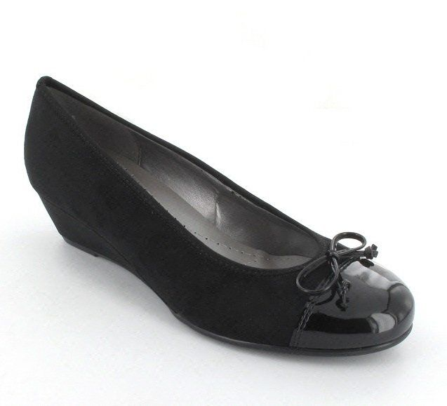 Ara Napoli 55210-01 Black patent pumps