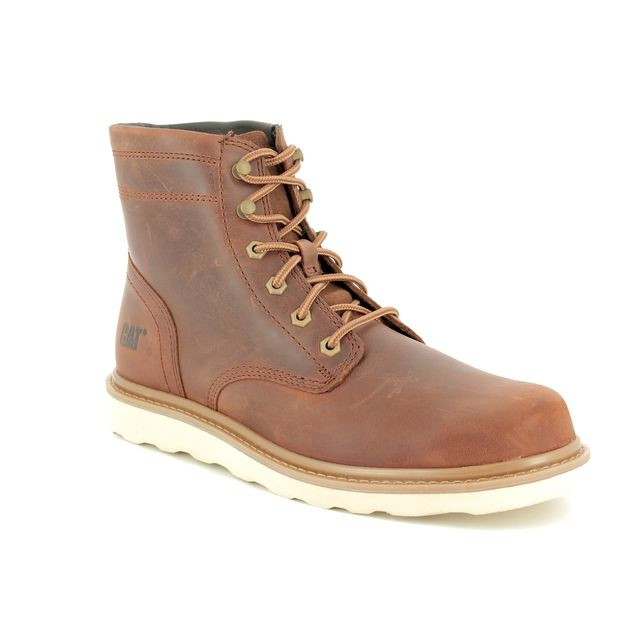 CAT Chronicle P721962 Tan Leather boots