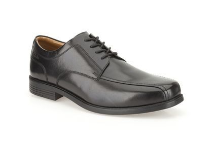 Clarks Beeston Stride G Fit Black formal shoes