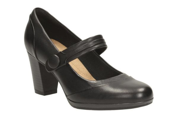 Clarks Brynn Mare D Fit Black heeled shoes