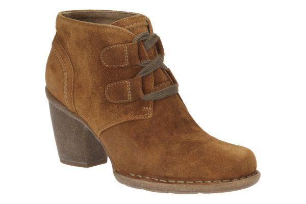 Clarks Carleta Lyon D Fit Tan suede ankle boots