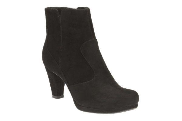 Clarks Chorus Zen D Fit Black suede ankle boots