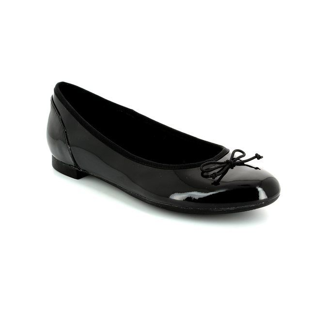 Clarks Couture Bloom D Fit Black patent pumps
