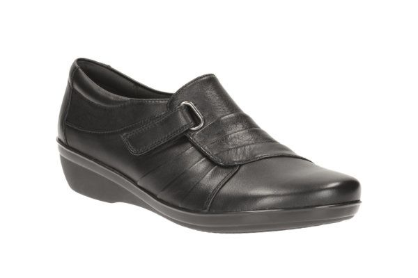 Clarks Everlay Luna D Fit Black comfort shoes