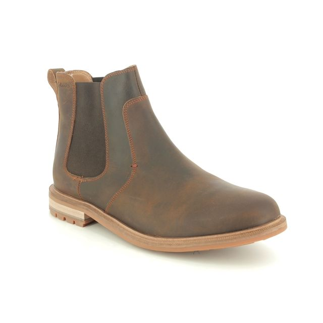 Clarks Chelsea Boots - Brown waxy leather - 480117G FOXWELL TOP