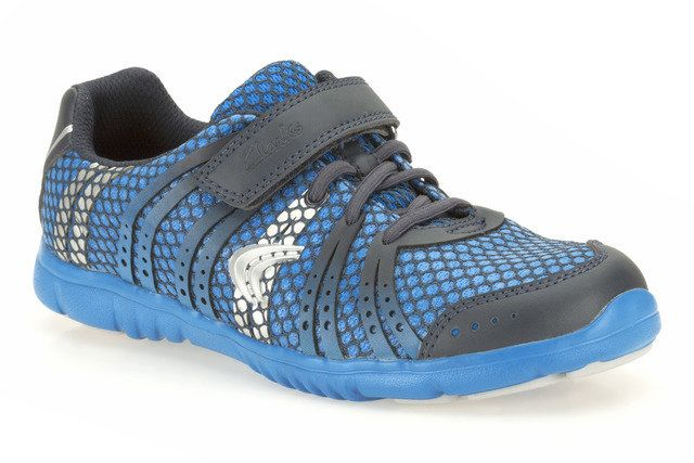 Clarks Free Tempo Inf G Fit Blue trainers