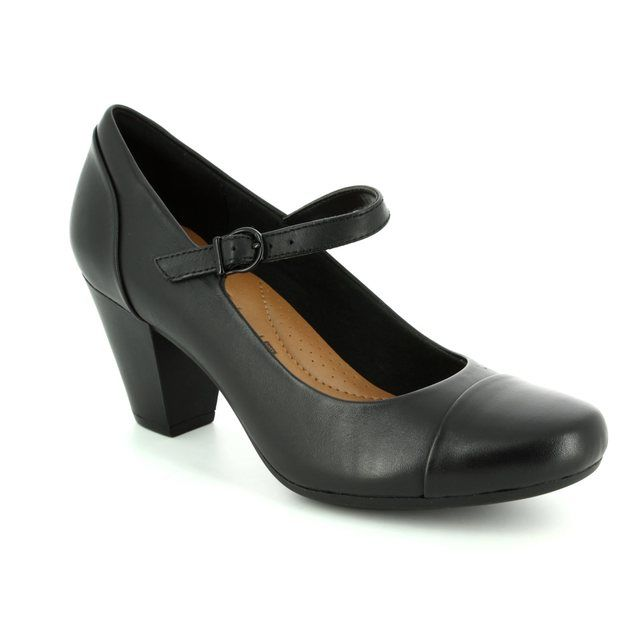 Clarks Garnit Tianna D Fit Black heeled shoes