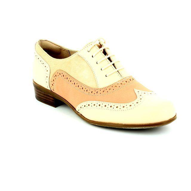 Clarks Hamble Oak D Fit Off white multi comfort shoes