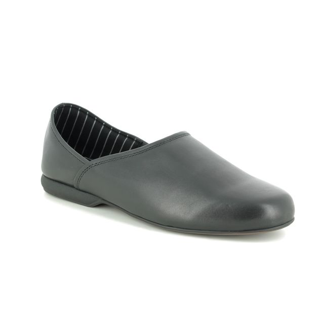 Clarks Harston Elite G Fit Black leather slippers