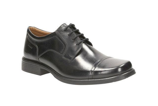 Clarks Huckley Cap G Fit Black formal shoes