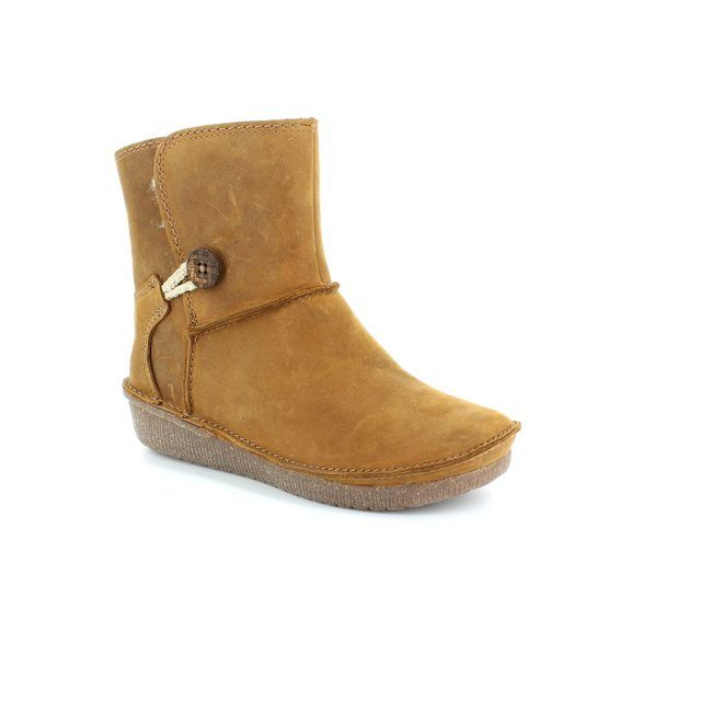 Clarks Lima Caprice D Fit Brown ankle boots