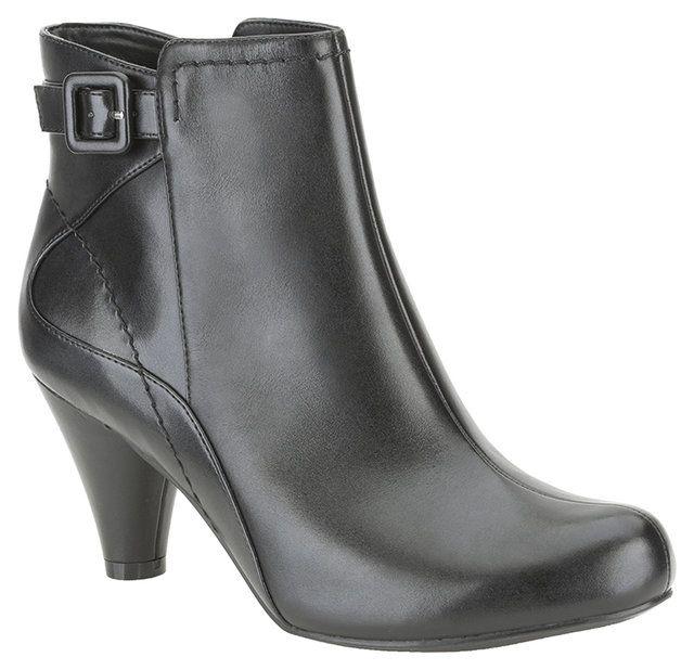 Clarks Limon Coolest D Fit Black ankle boots