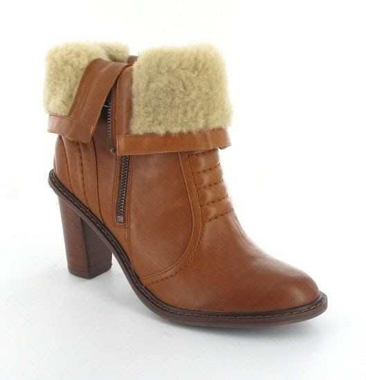 Clarks Lisette Blues D Fit Tan ankle boots