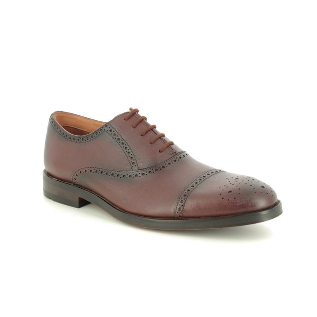 Clarks Brogues - Brown leather - 436647G OLIVER LIMIT