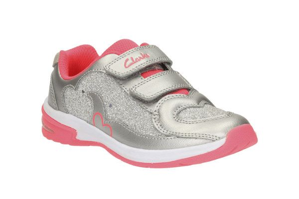 Clarks Piper Chat Inf F Fit Silver trainers