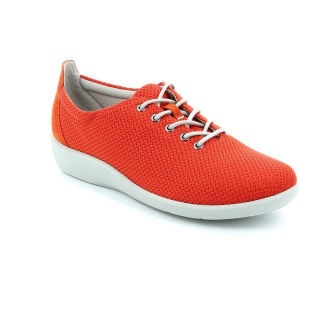 Clarks Sillian Tino D Fit Red trainers