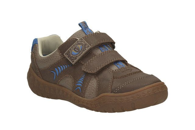 Clarks Stomp Claw Inf G Fit Brown everyday shoes