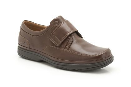 Clarks Swift Turn H Fit Brown casual shoes