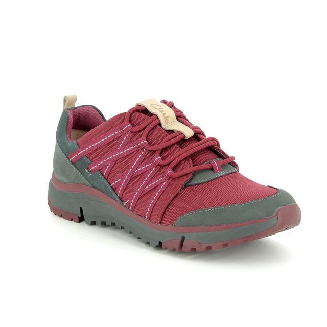 Clarks Walking Shoes - Wine - 389614D TRI TRAIL